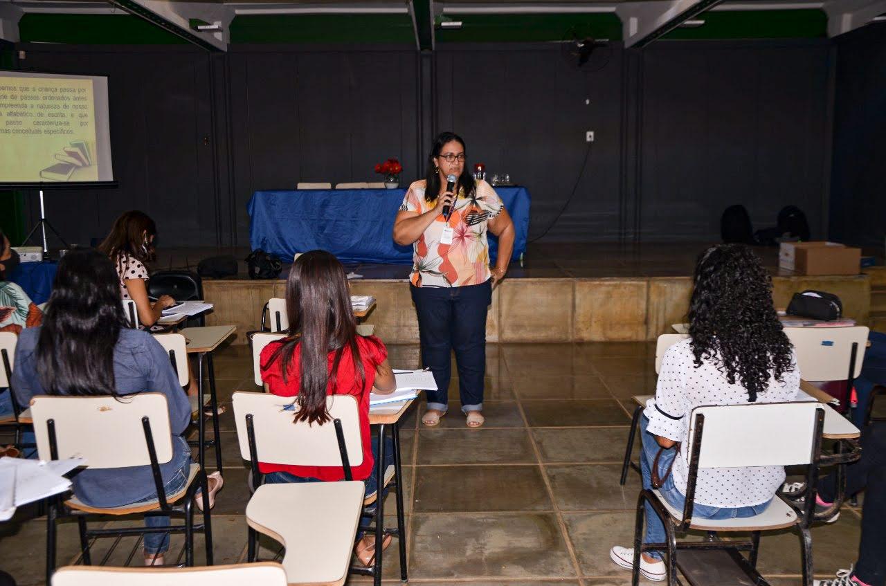Imagem de destaque EDUCAÇÃO - Prefeitura oferece aulas de reforço para os alunos da rede municipal