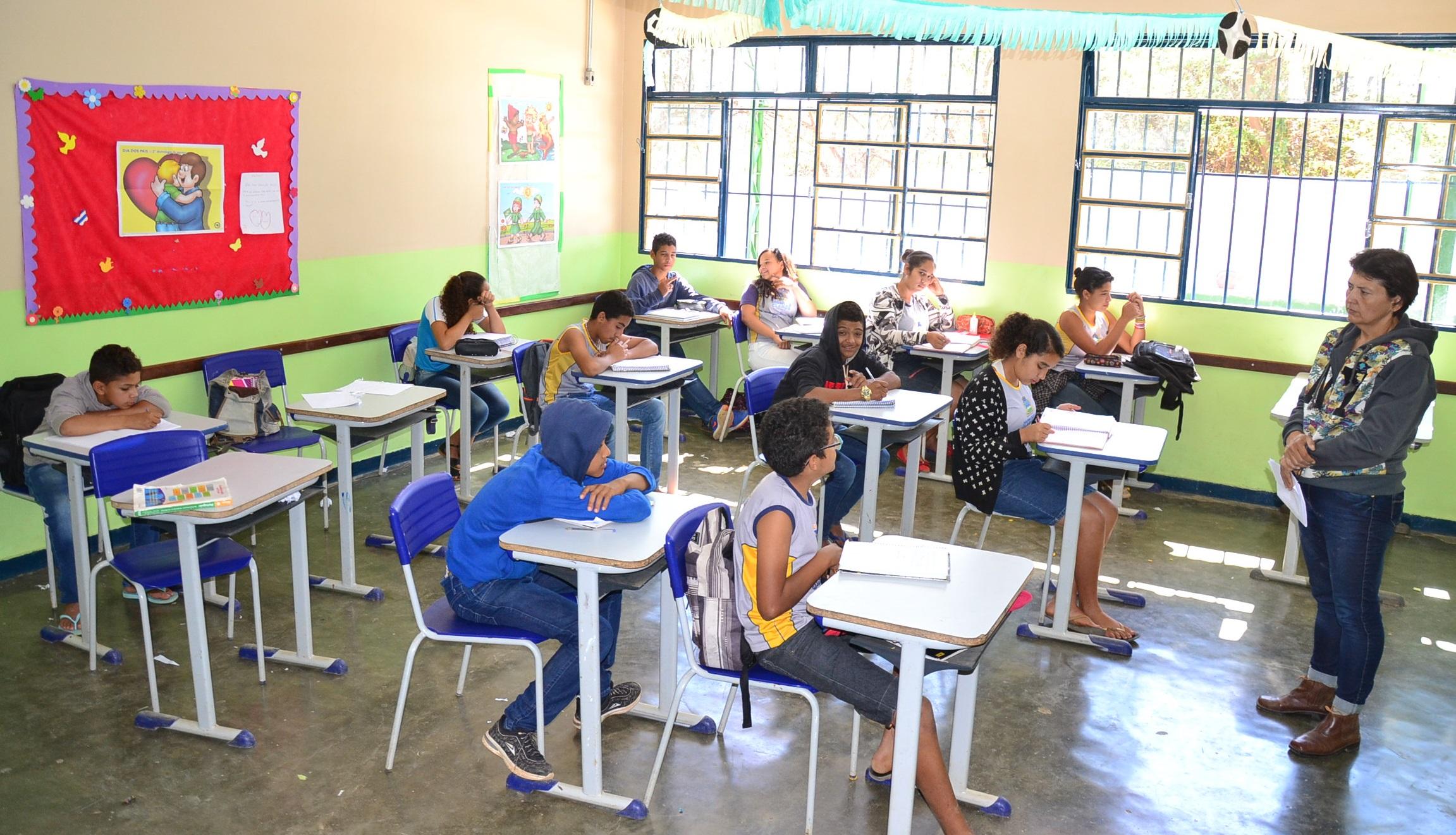 Imagem de destaque Prefeitura convoca mais aprovados na seleção para cargos temporários da Educação