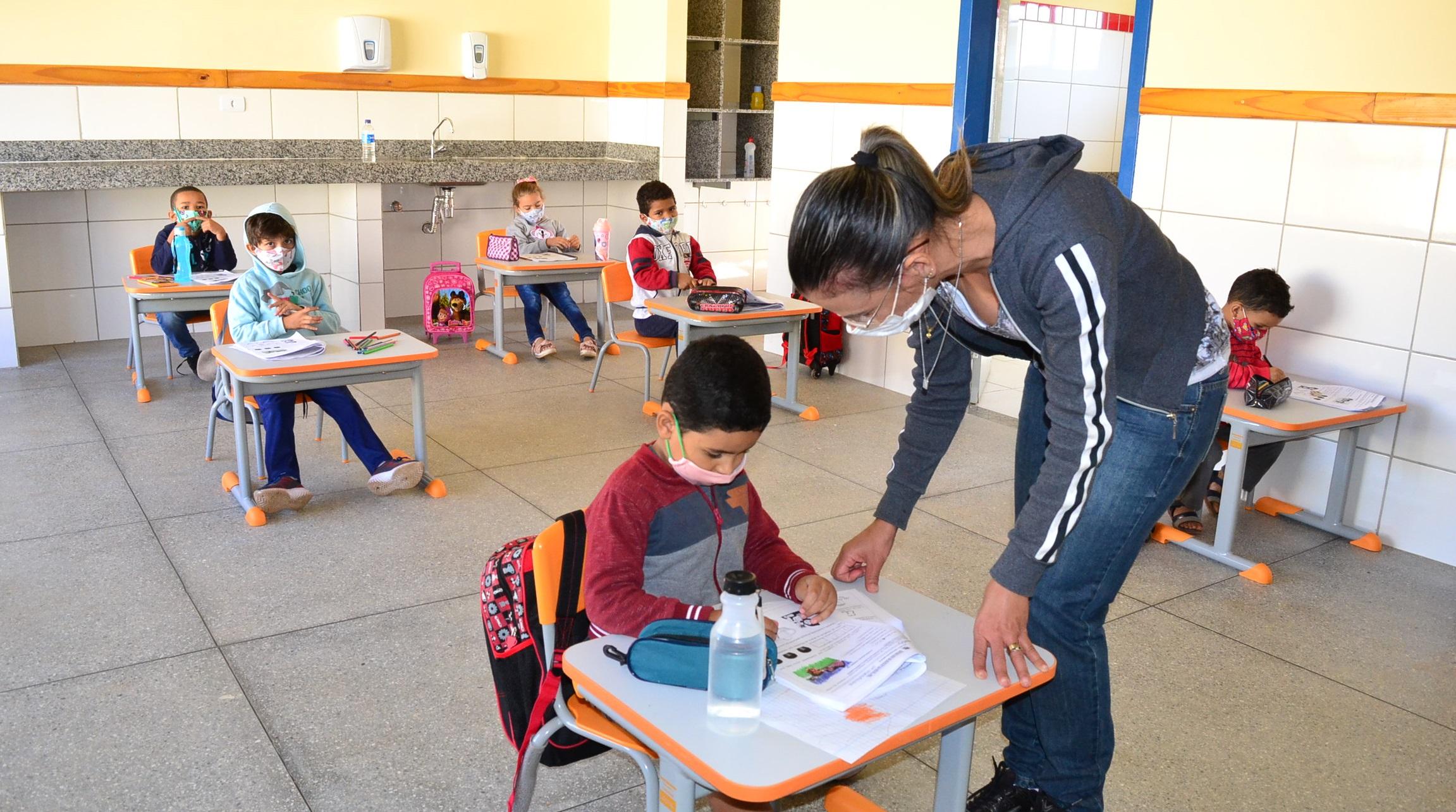 Imagem de destaque Prefeitura contrata assistentes sociais e psicólogos para atuar na Rede Municipal de Ensino