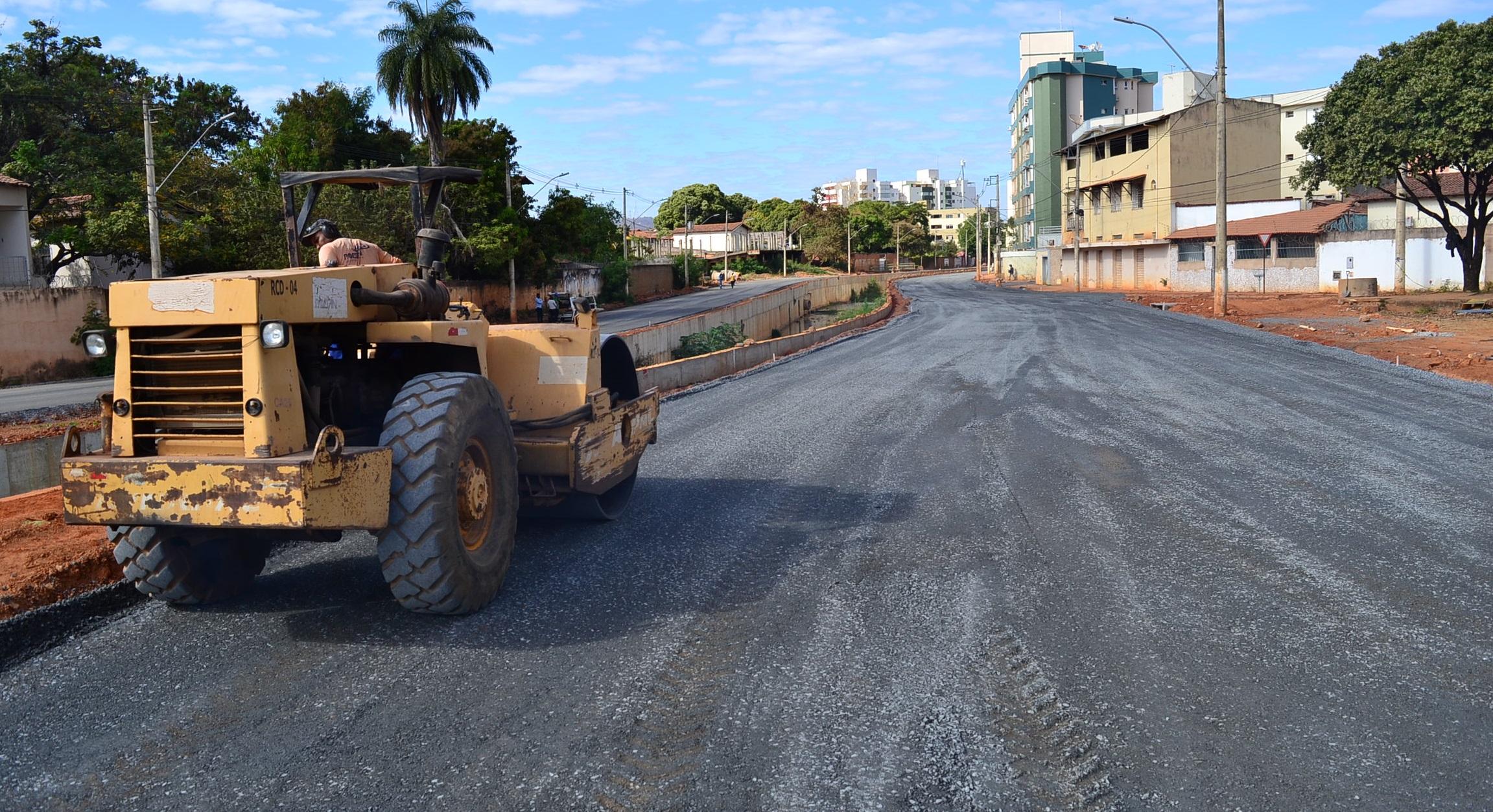 Imagem de destaque Prefeituralicita recapeamento denovas ruas e avenidas