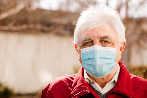 Imagem de destaque Prefeitura prorroga medidas de contenção do coronavírus e obriga idosos a usarem máscara na rua
