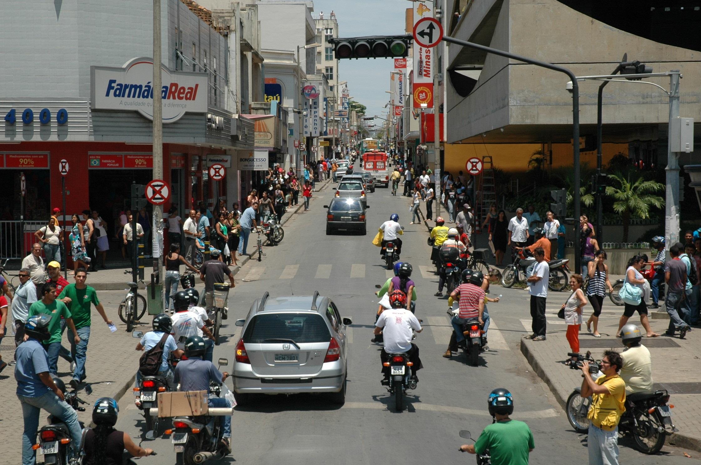 Imagem de destaque Lei estabelece vagas em estacionamentos para veículos que transportem gestantes