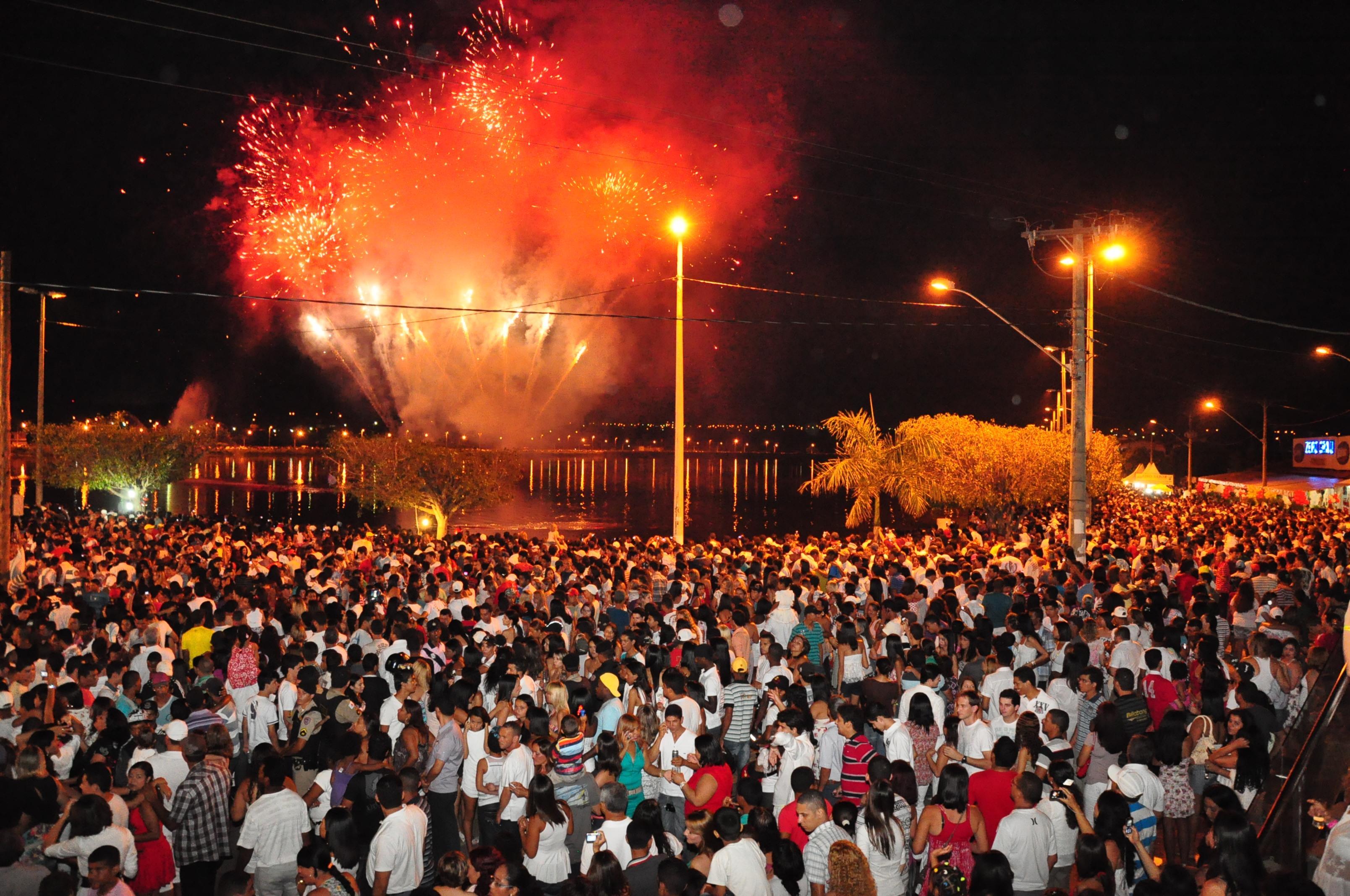 Imagem de destaque COMTUR planeja Réveillon e Festa do Pequi