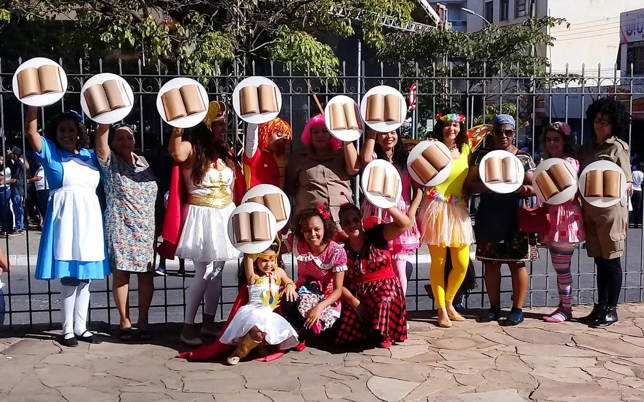 """Imagem de destaque Projeto Montes Claros na Trilha da Leitura abraça o projeto """"Paz no lar, paz na escola, paz na vida"""""""