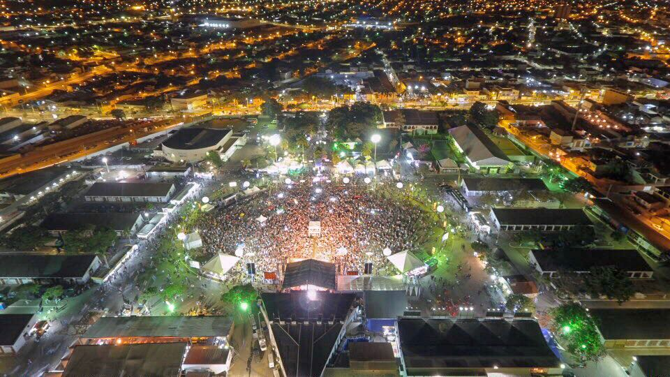 Imagem de destaque Promovida pela Prefeitura, Festa do Aniversário de Montes Claros atrai multidão para o Parque de Exposições