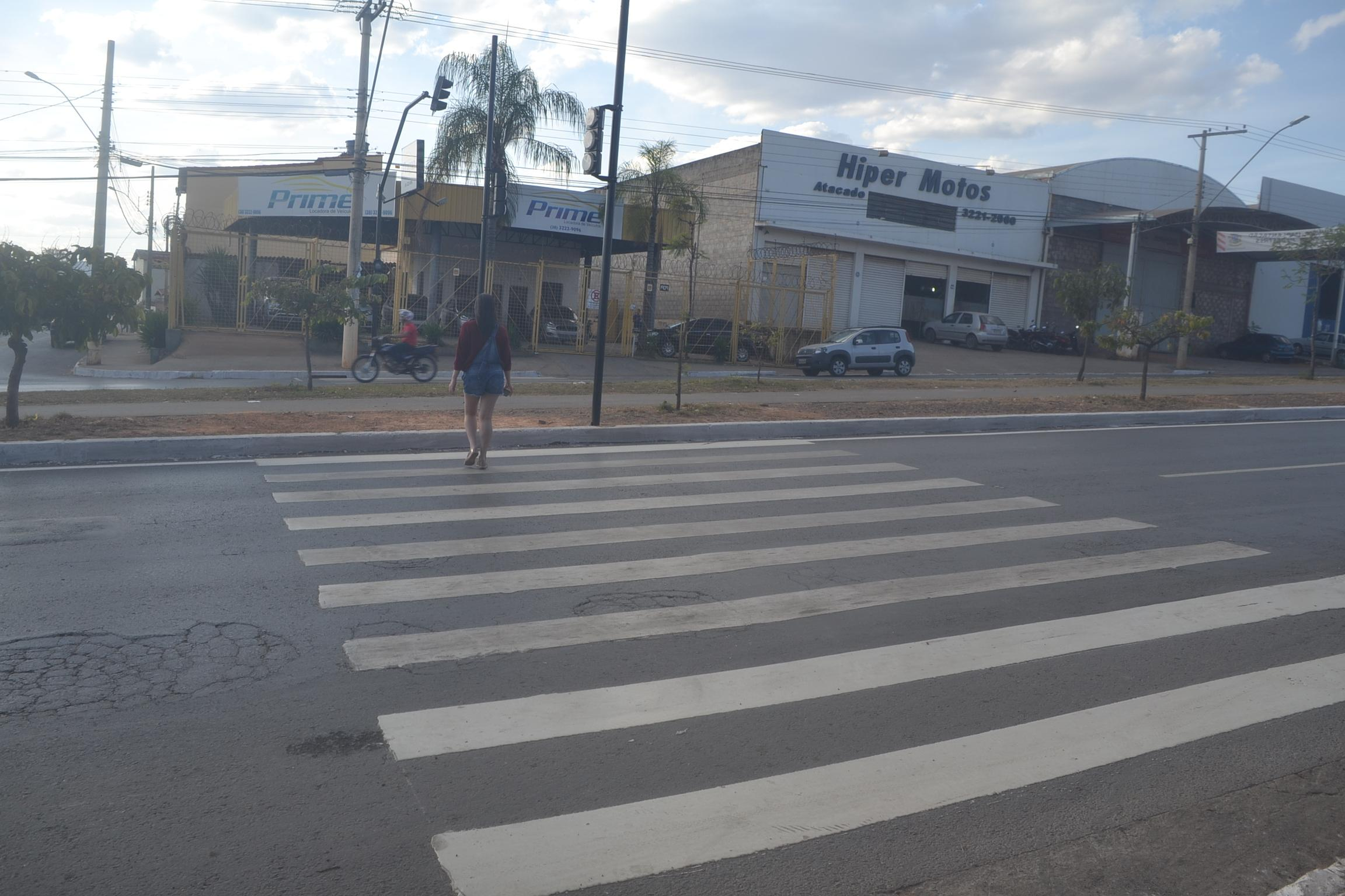 Imagem de destaque Mobilidade Urbana e Segurança  -  Prefeitura investe na sinalização da avenida Governador Magalhães Pinto