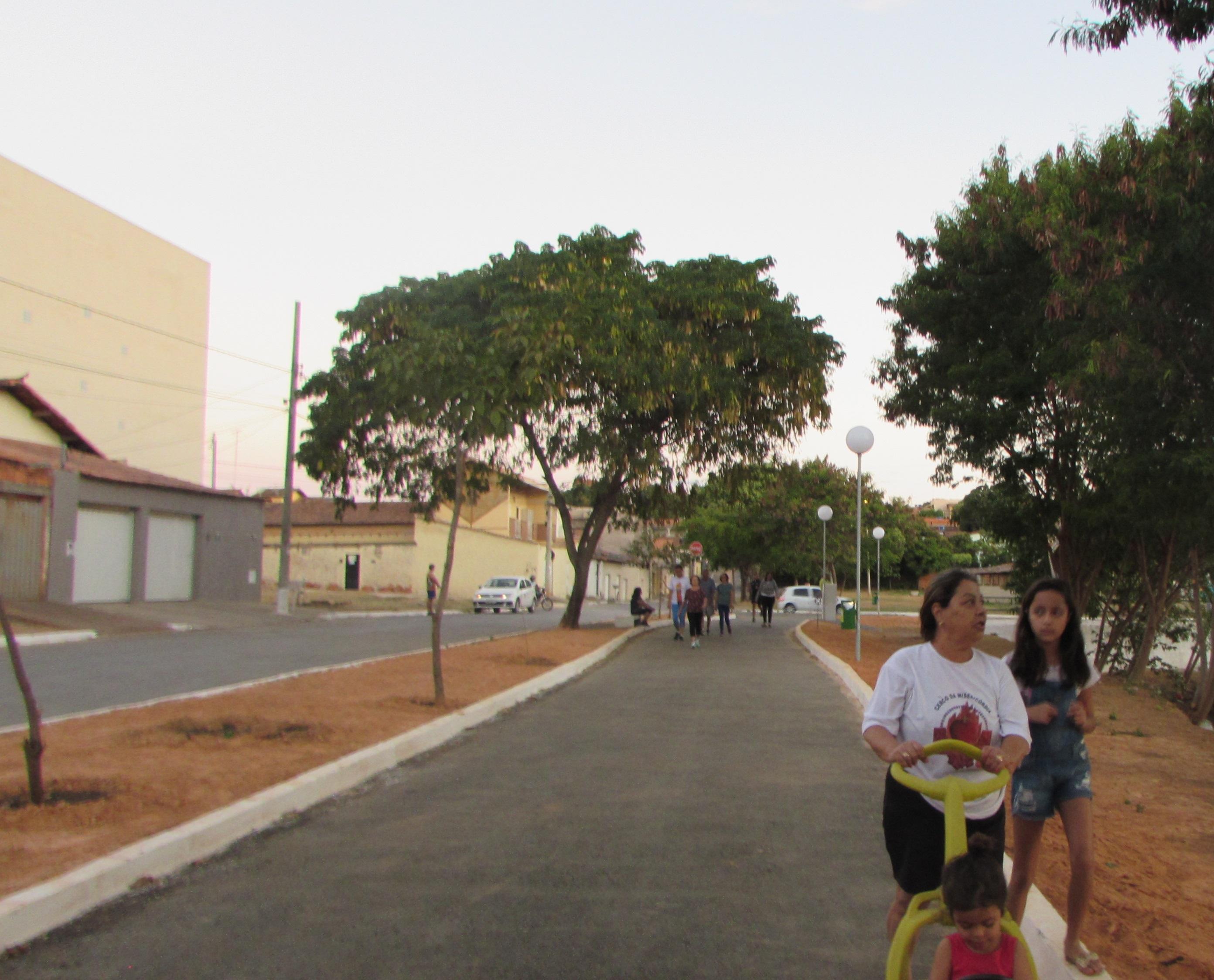 Imagem de destaque Recém-inaugurada, Praça das Tilápias é elogiada pela população