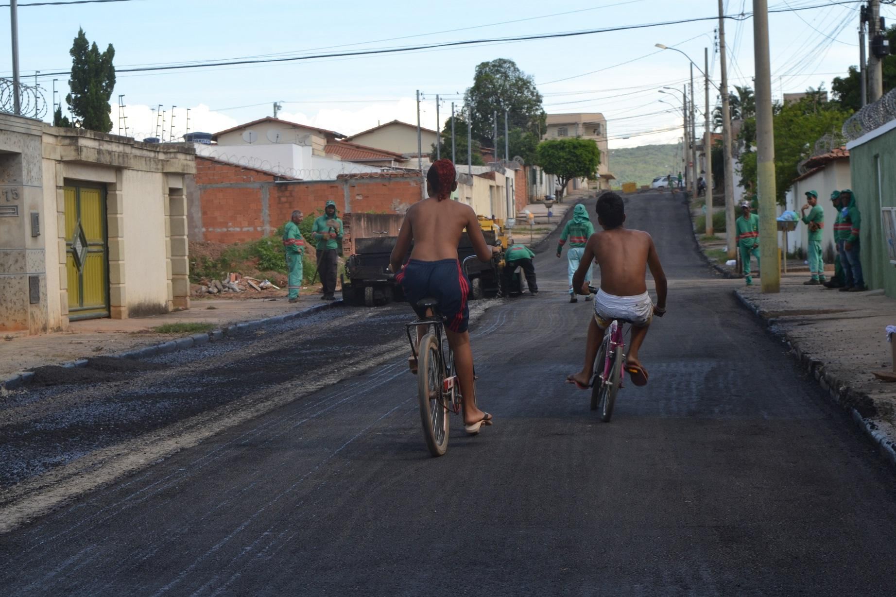 Imagem de destaque Vila Real e Vila Greice recebem asfalto