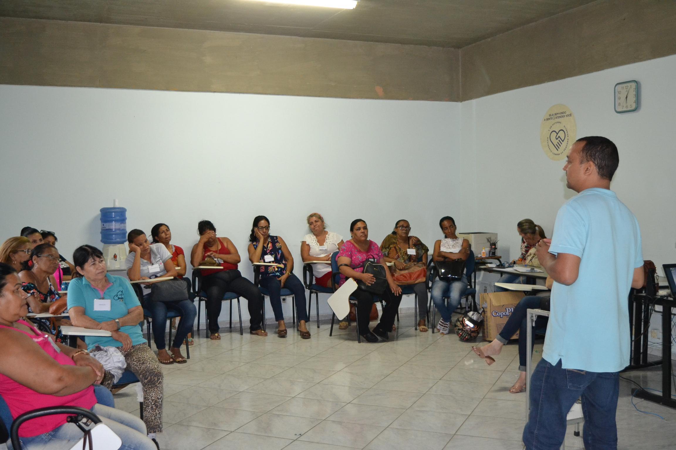 Imagem de destaque Servidores da Secretaria de Desenvolvimento Social passam por curso de capacitação