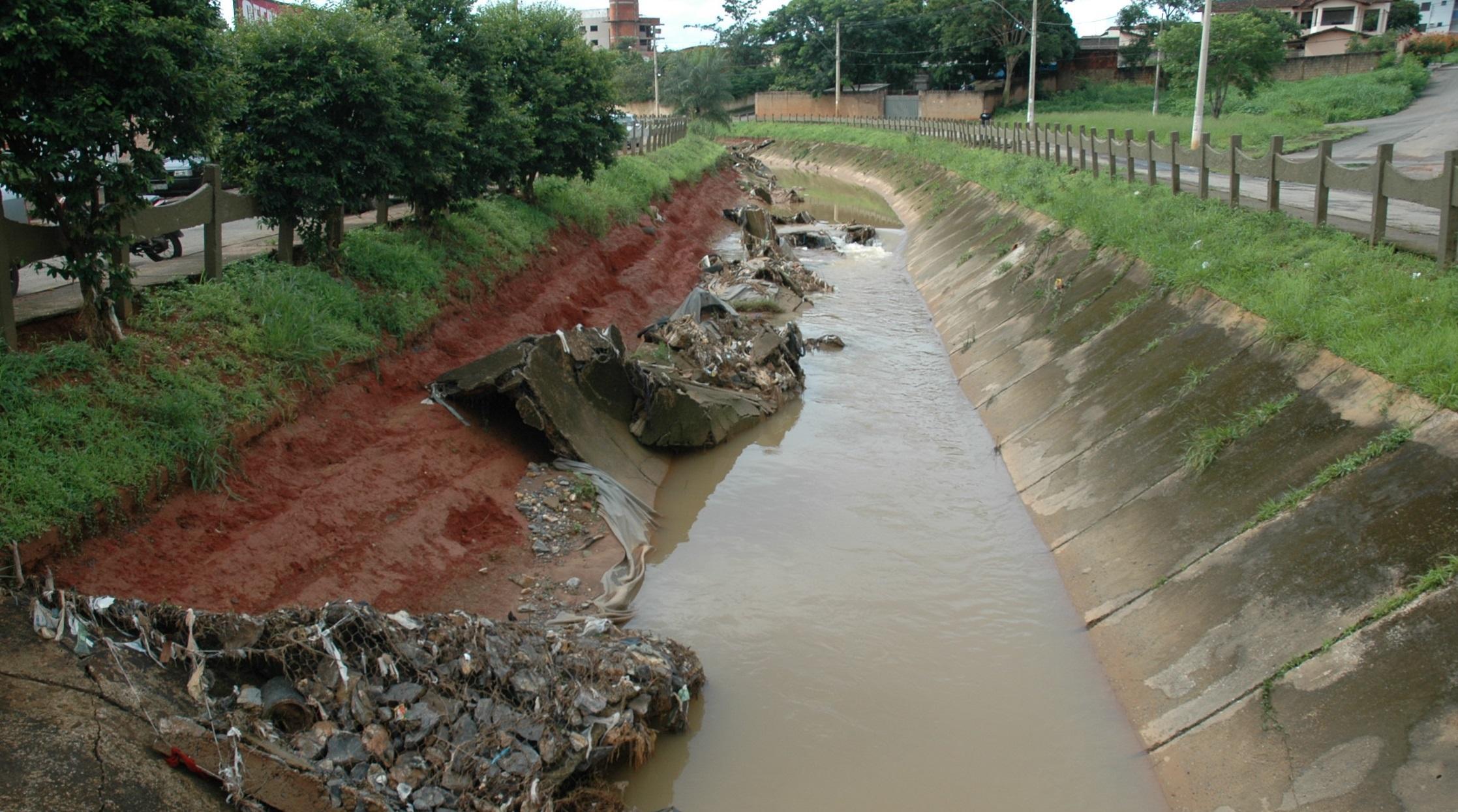 Imagem de destaque Prefeitura realiza licitação para a reconstrução da avenida Vicente Guimarães