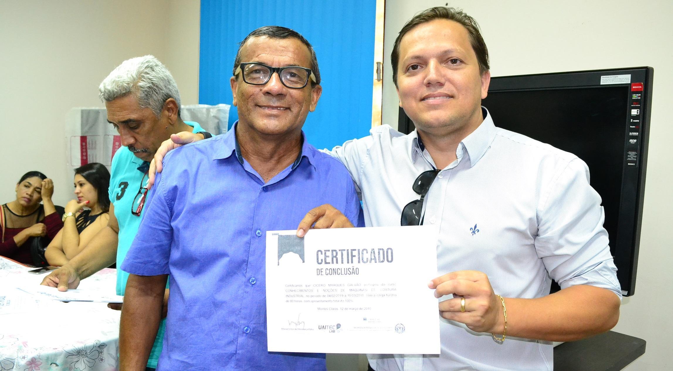 Imagem de destaque Prefeitura e CVT realizam a formatura de 50 alunos