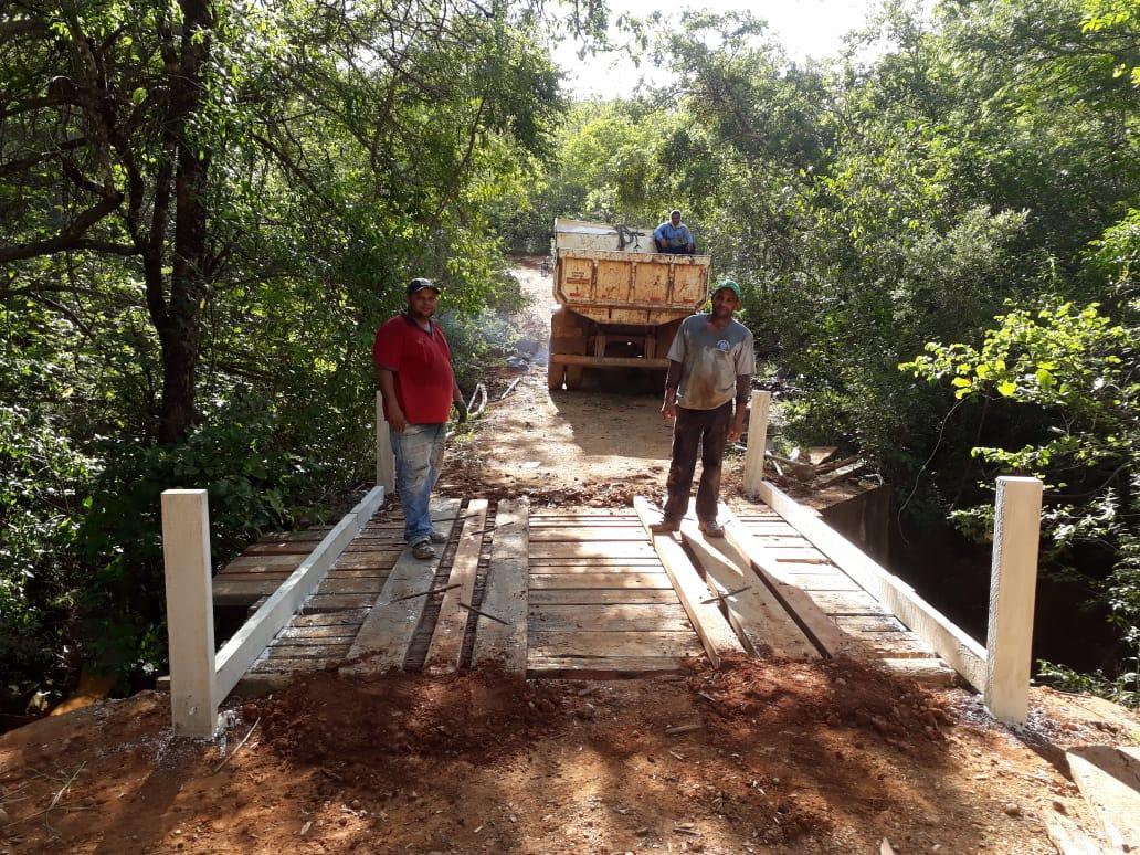 Imagem de destaque Prefeitura reforma e mantém estradas e pontes em boas condições