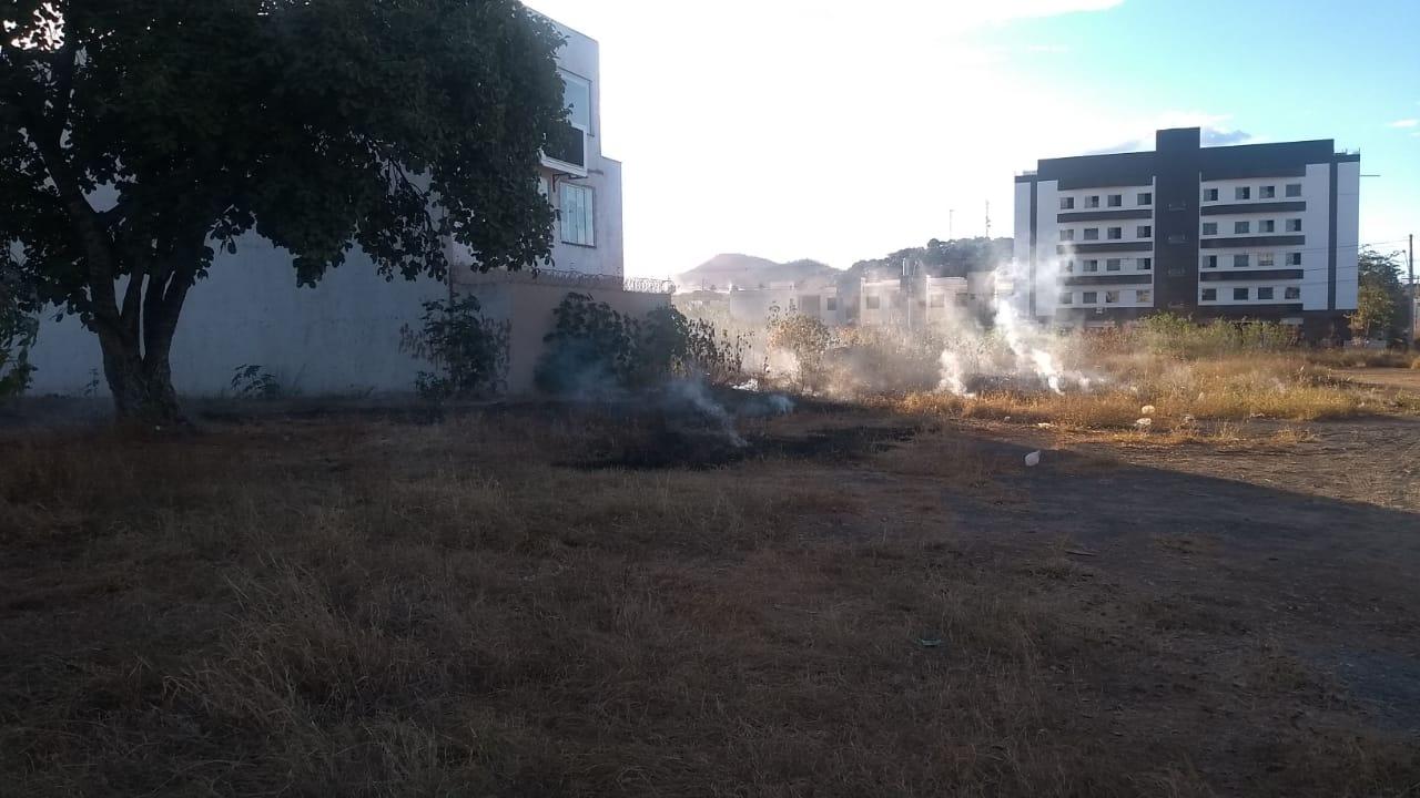 Imagem de destaque Prefeitura inicia segunda etapa da Operação Estiagem com multa para dono de lote em chamas