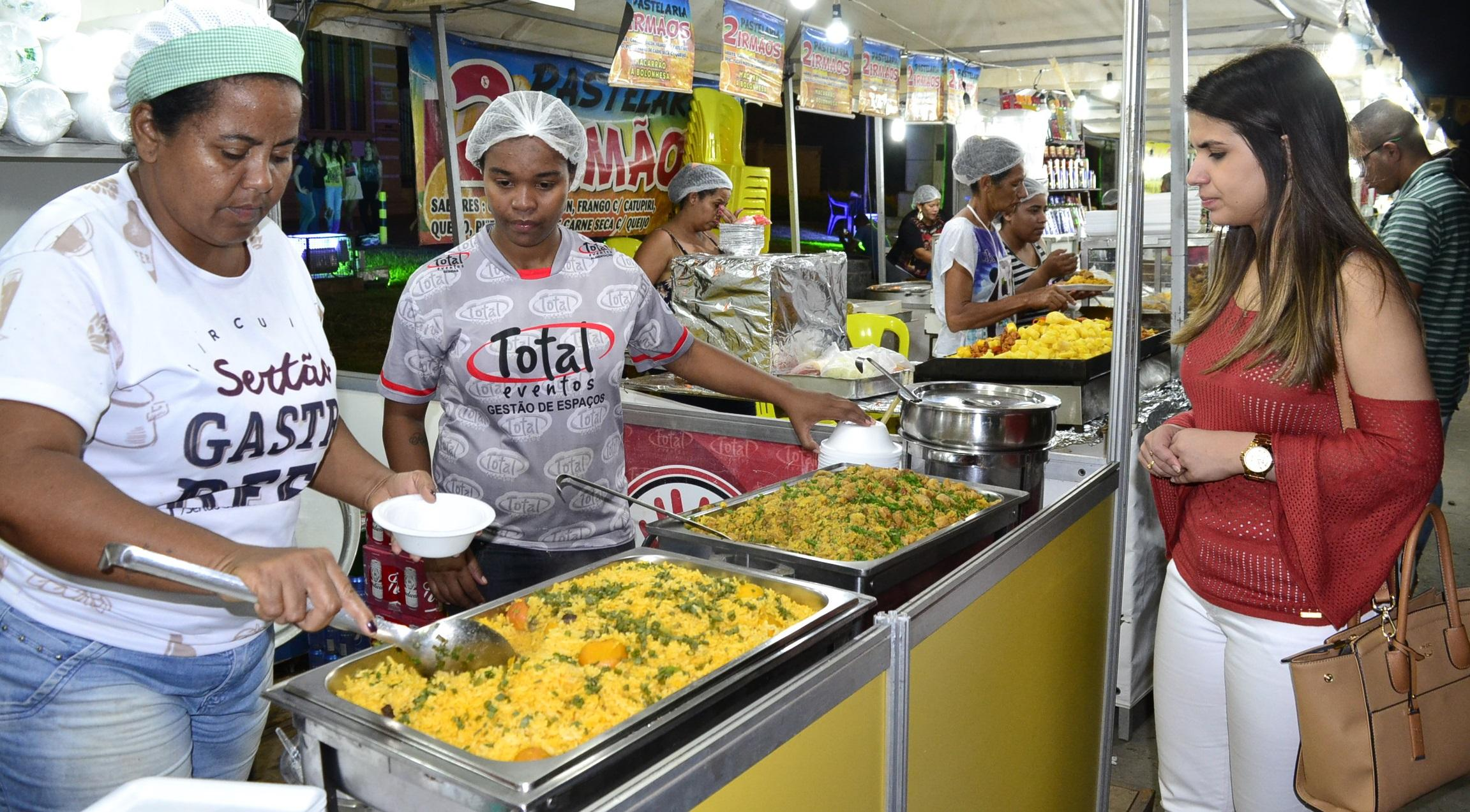 Imagem de destaque Prefeitura realiza sorteio para definir comerciantes das Festas de Agosto