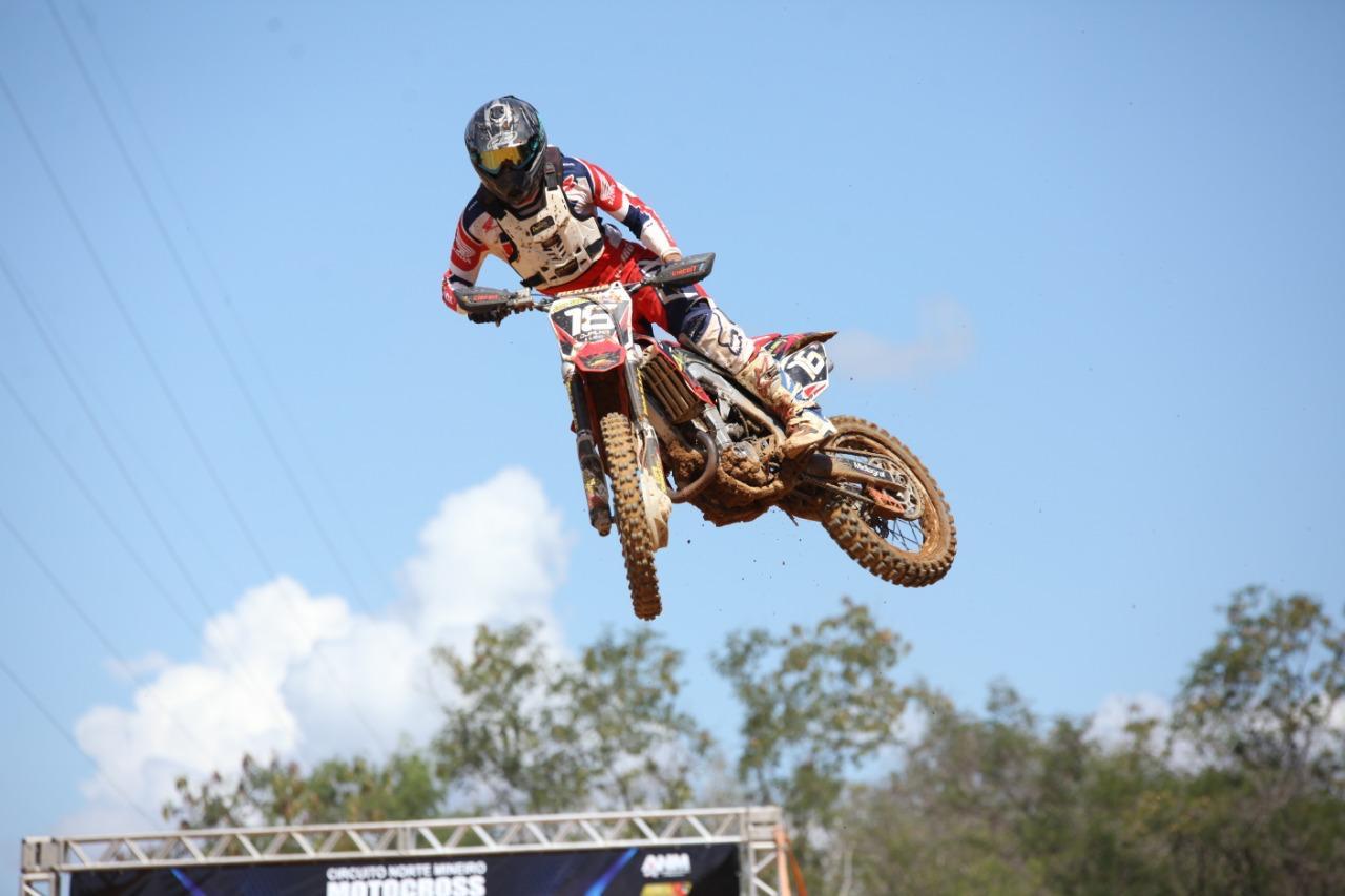 Imagem de destaque Prefeitura apoia prova de Supercross neste domingo