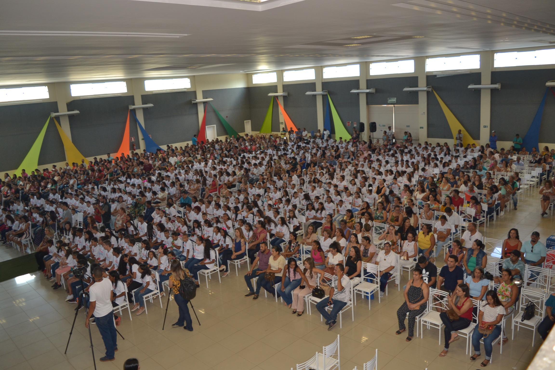 Imagem de destaque ALUNO NOTA 10 - Instituto Alpargatas premia 520 estudantes da rede municipal de ensino de Montes Claros