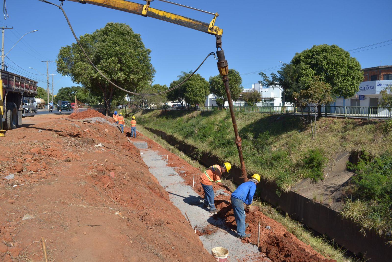 Imagem de destaque COMPLEXO VIÁRIO JOÃO XXlll - Prefeitura inicia a construção das pistas de acesso à nova ponte