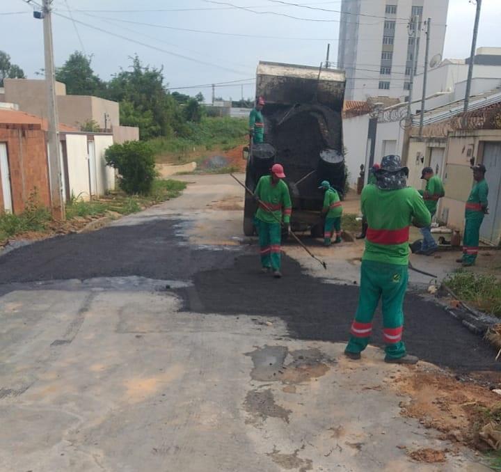 Imagem de destaque Camilo Prates, Alto Floresta e Renascença são beneficiados pela Operação Tapa Buracos