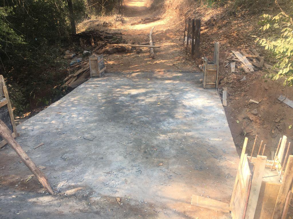 Imagem de destaque Prefeitura constrói ponte de concreto na Comunidade de Santa Cruz