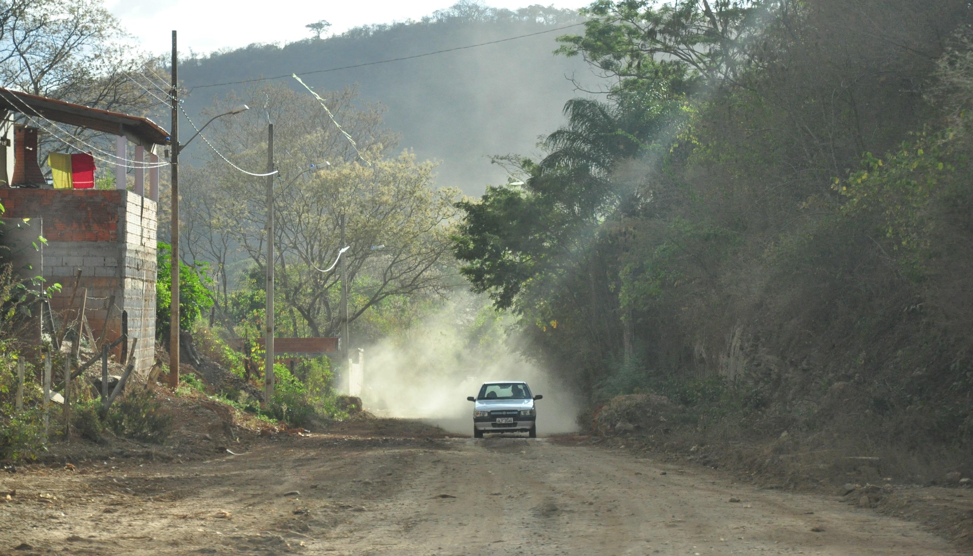Imagem de destaque Rua que dá acesso ao Parque da Lapa Grande será asfaltada pela Prefeitura
