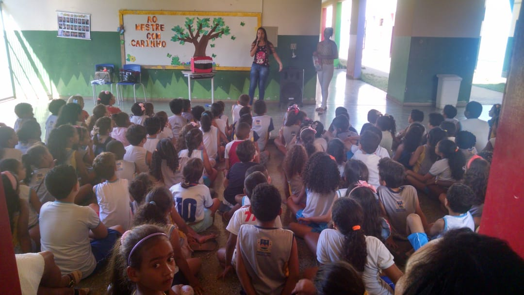 Imagem de destaque PROGRAMA SAÚDE NA ESCOLA - UBS do Planalto e Escola Municipal Ruy Lage promovem debates sobre alimentação saudável