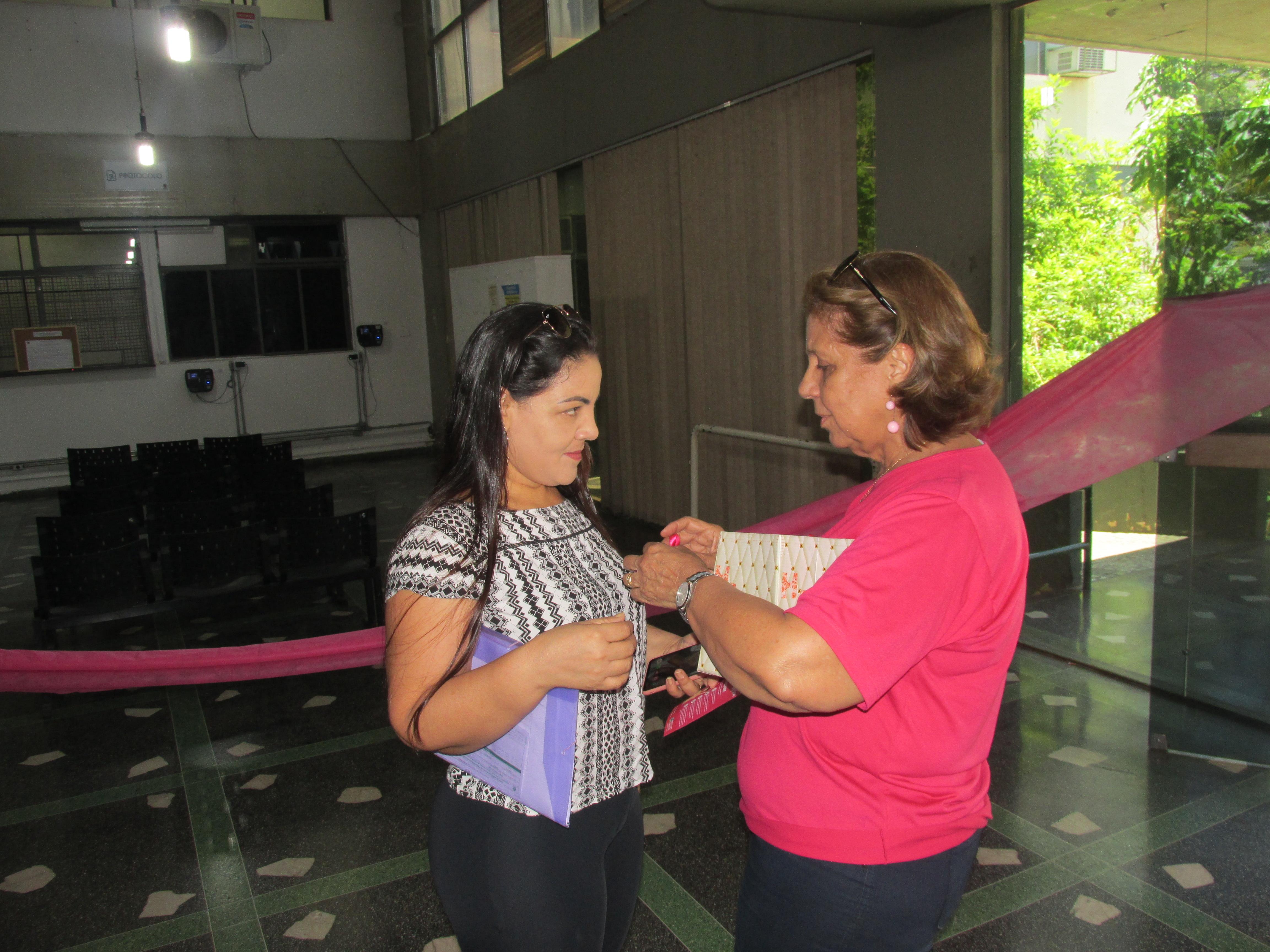 Imagem de destaque OUTUBRO ROSA - Prefeitura realizou diversas ações educativas com foco na saúde das servidoras