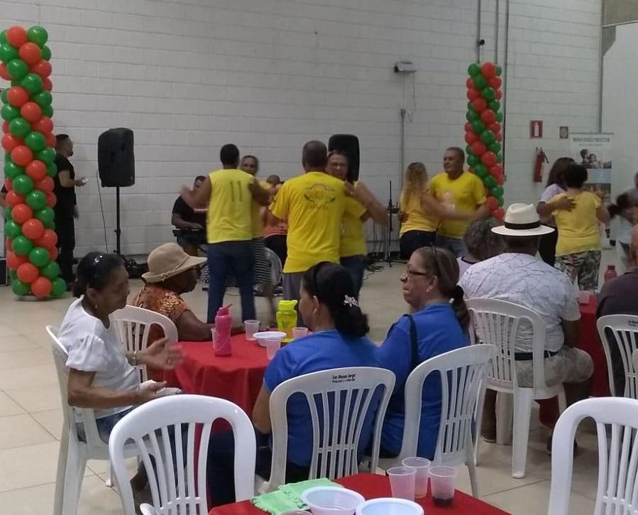 Imagem de destaque NATAL DA MELHOR IDADE - Prefeitura promove animada confraternização dos grupos de idosos da cidade