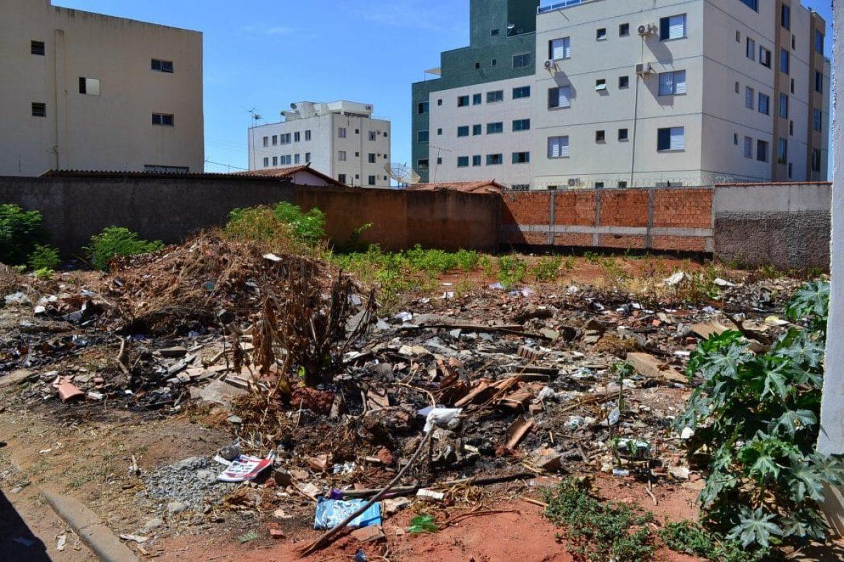 Imagem de destaque DESCARTE IRREGULAR DE LIXO/ENTULHO